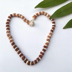 Kahelelani shell necklace for sale